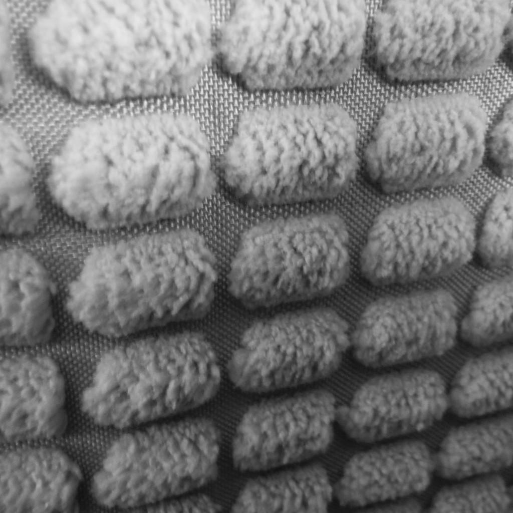 Fuzzy Oblongs by spanishliz