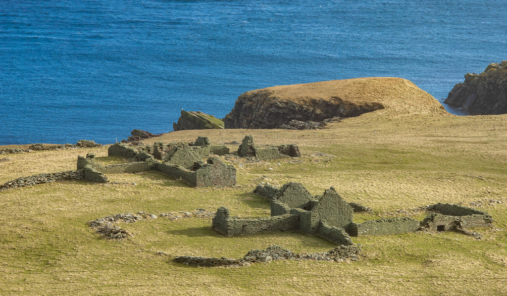 Burland Ruins by lifeat60degrees