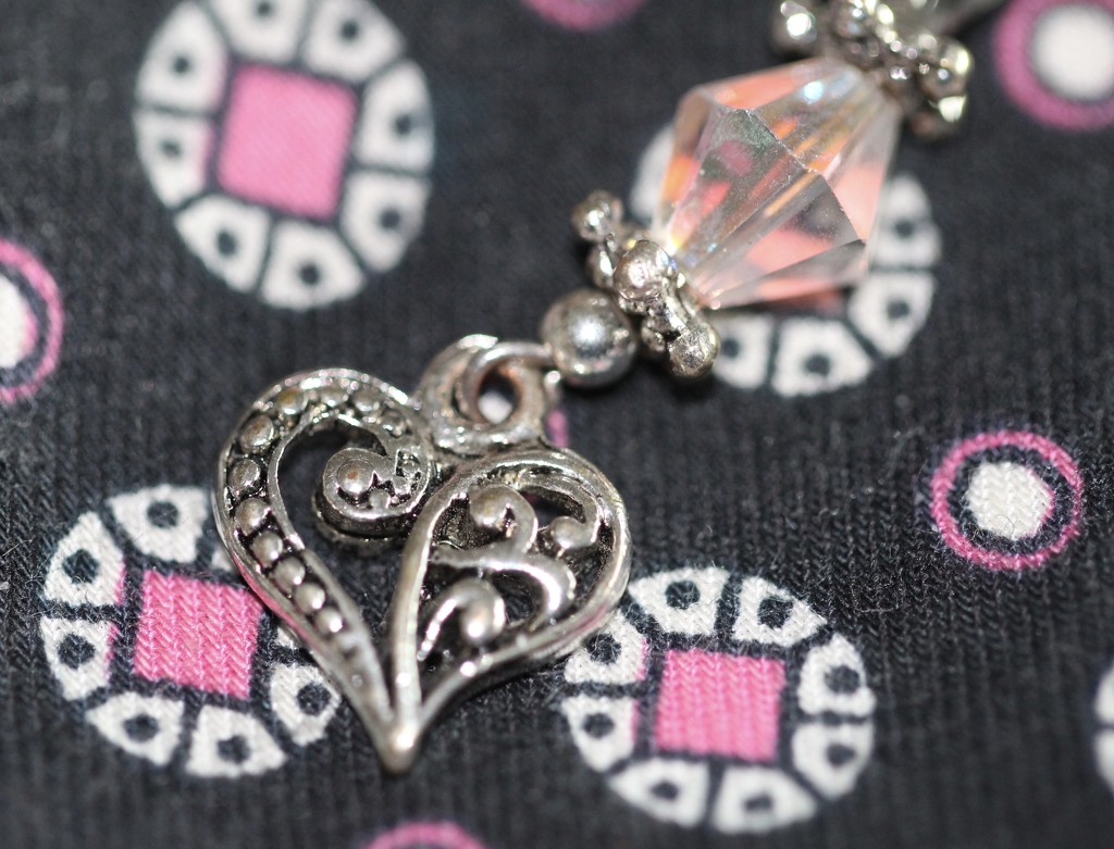 Tiny heart by jb030958