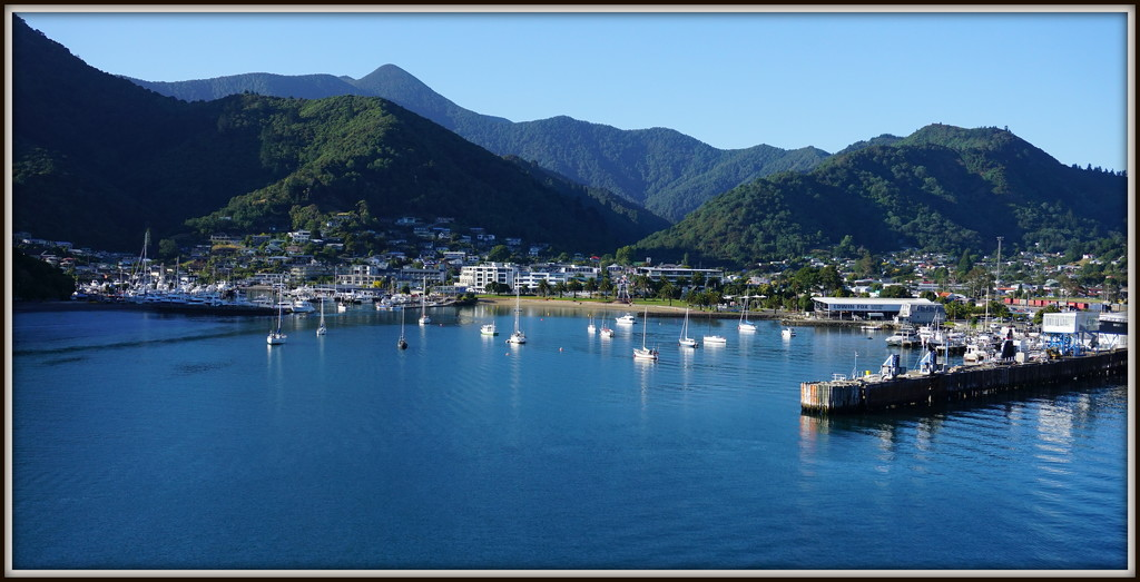 Picton by dide