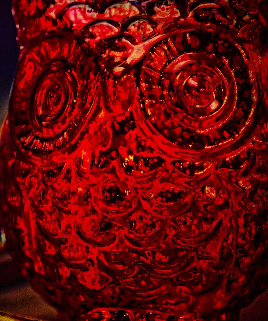 Red Glass Owl by gardencat
