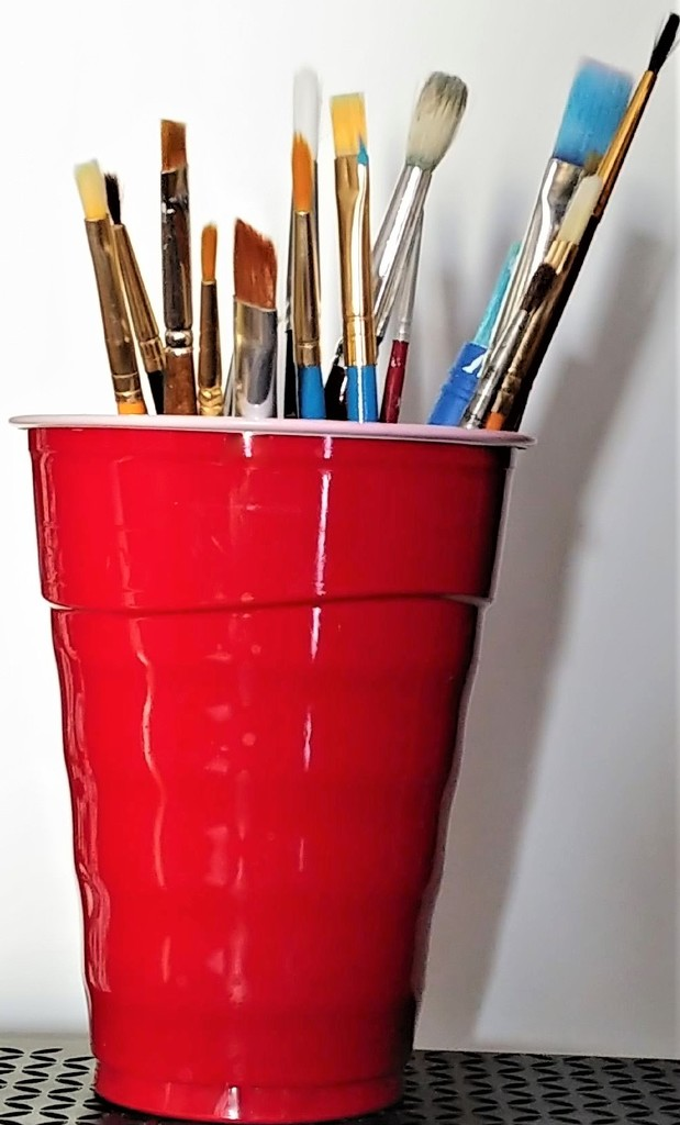 Paint Brush Holder by jo38