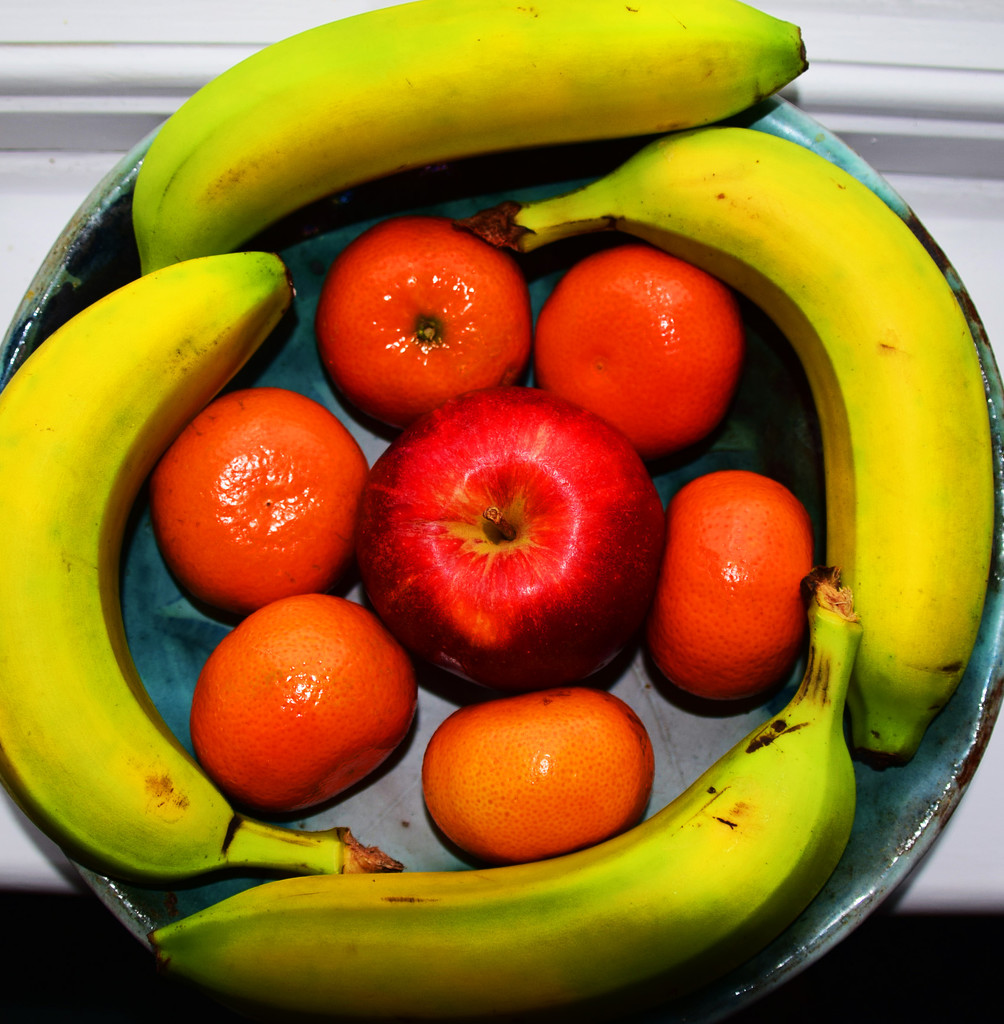 fruit bowl day ............. by ianmetcalfe