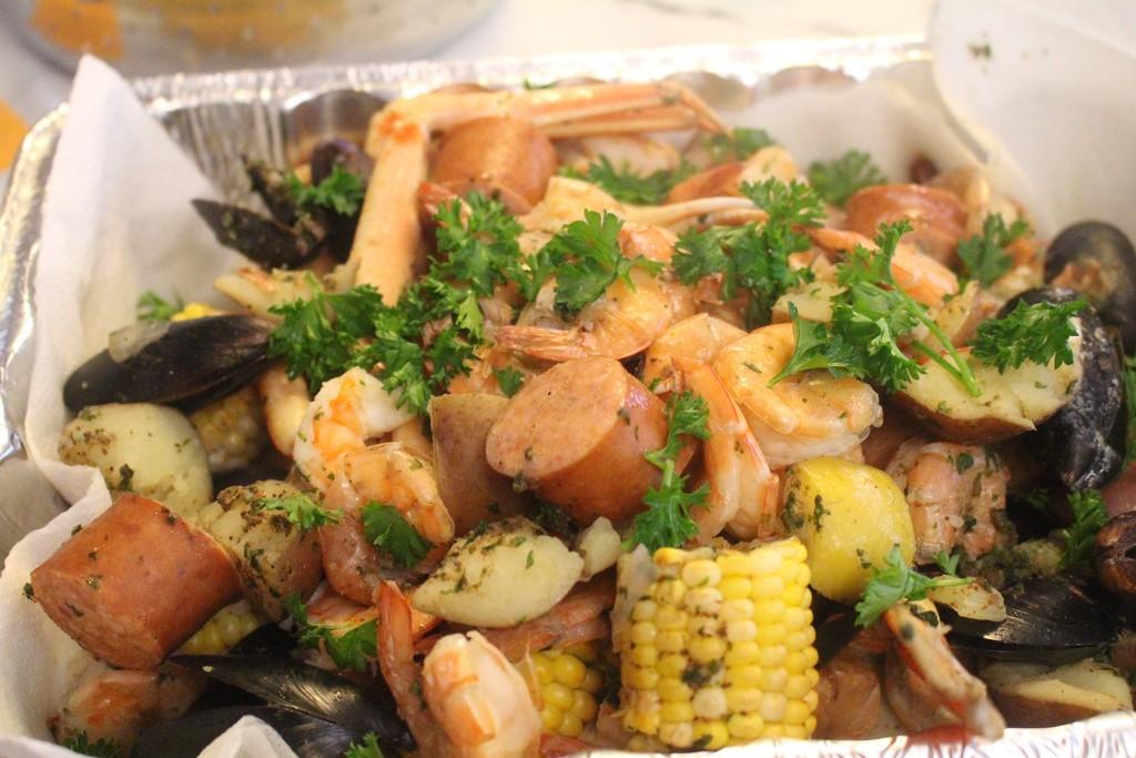 Seafood Boil by essiesue