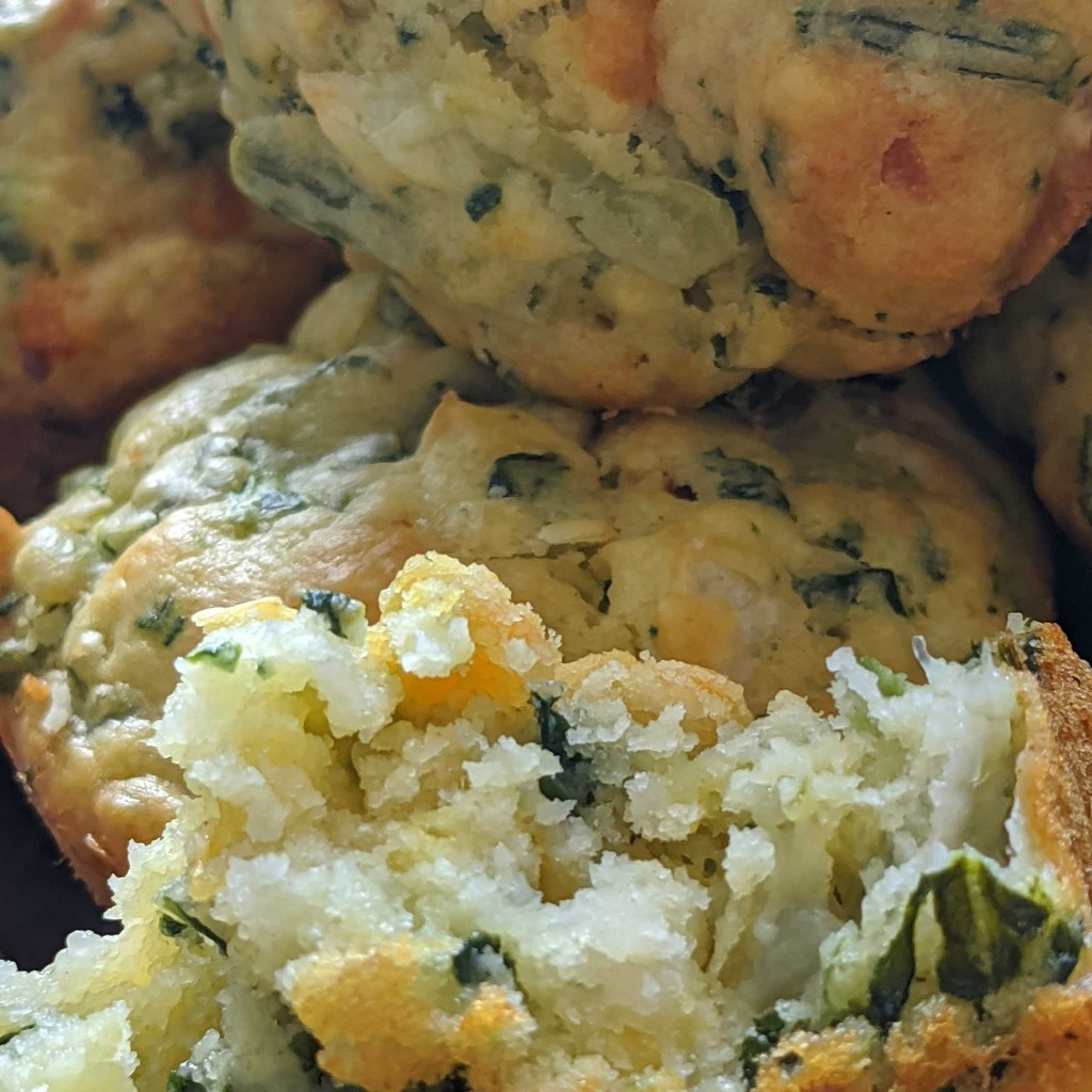 Spinach Muffins by gq