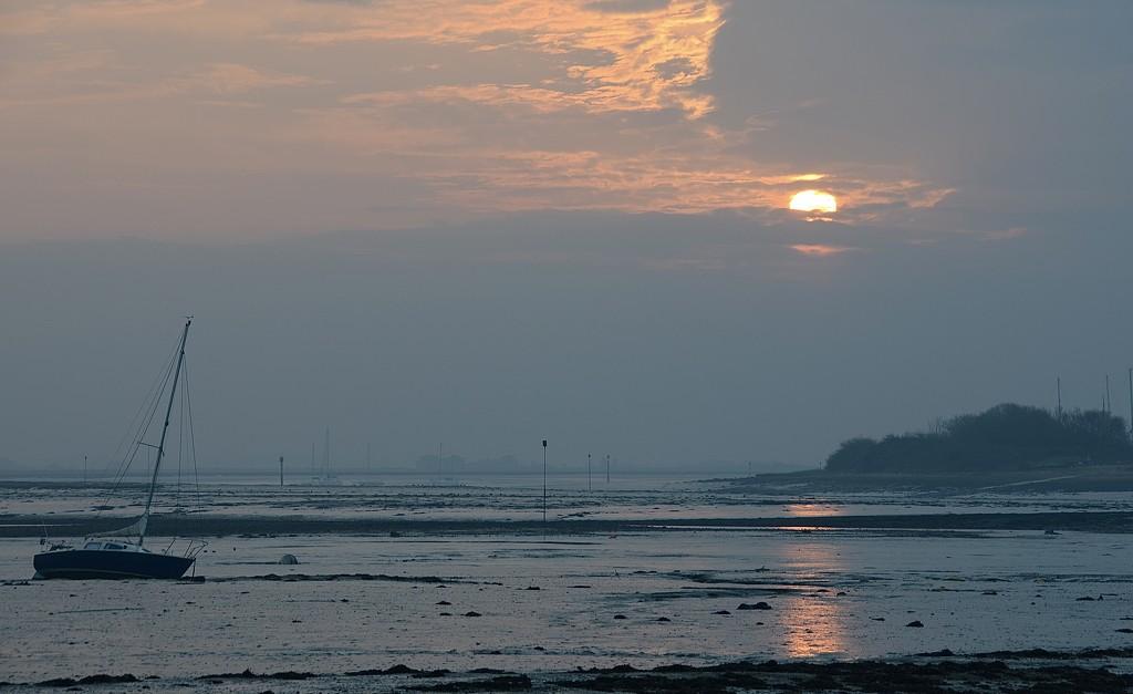 Sunrise by wakelys