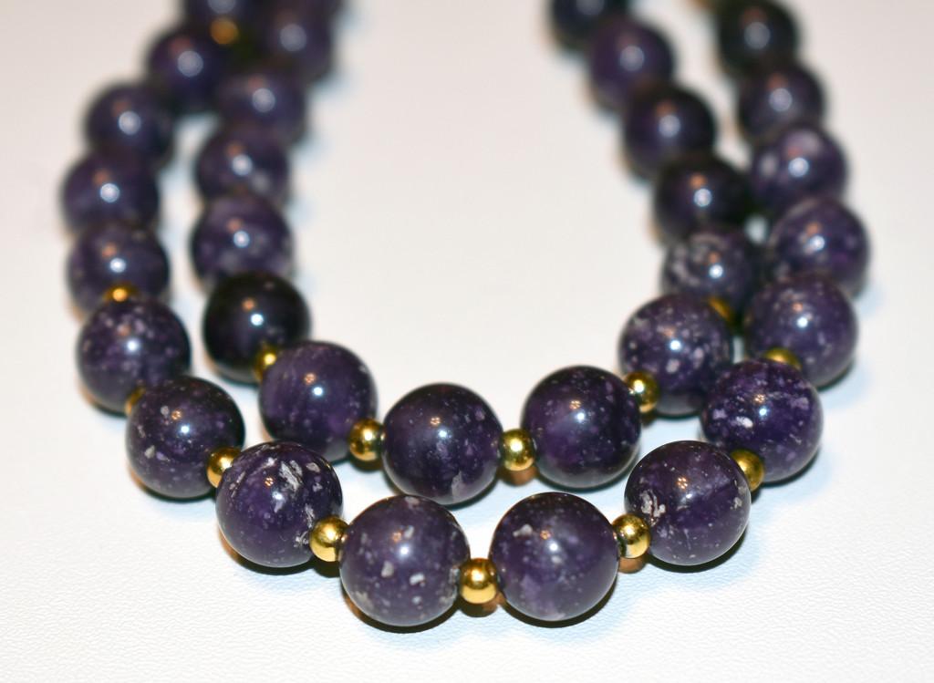 Purple bead necklace by homeschoolmom