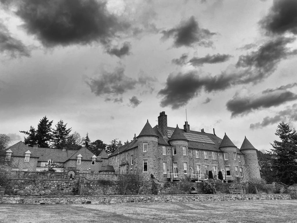 Alastrean House by jamibann