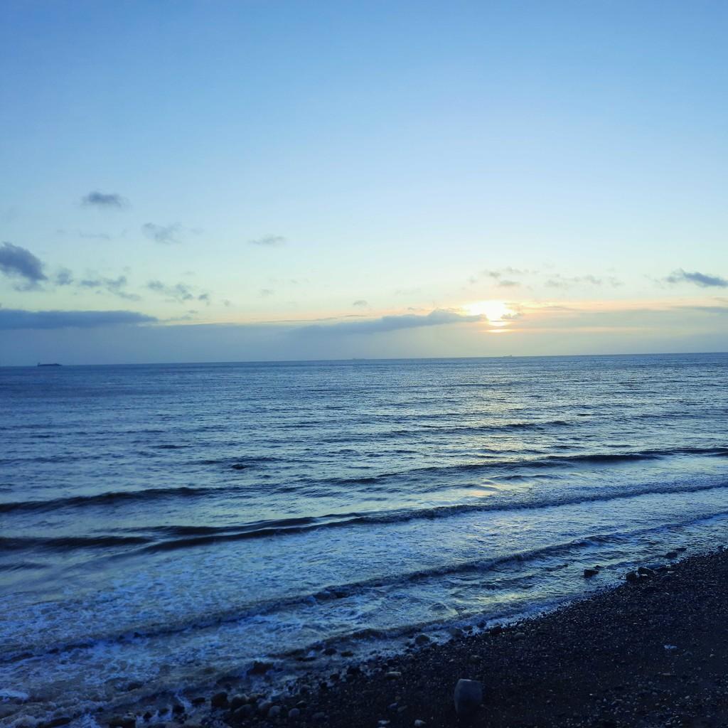 Blue beach by m2016