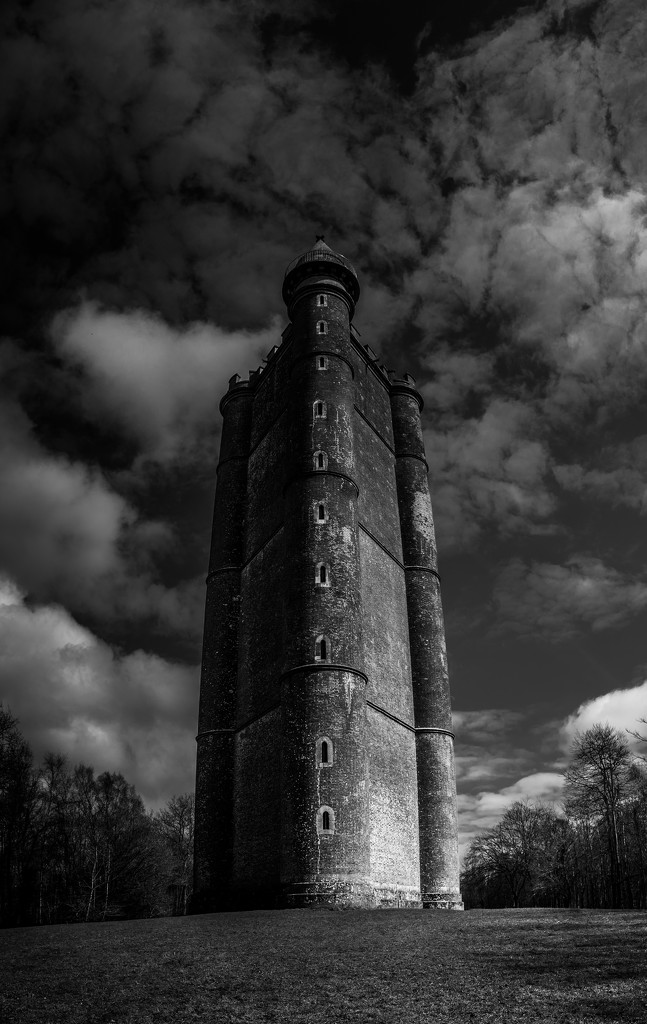 Monolithic  by pasttheirprime