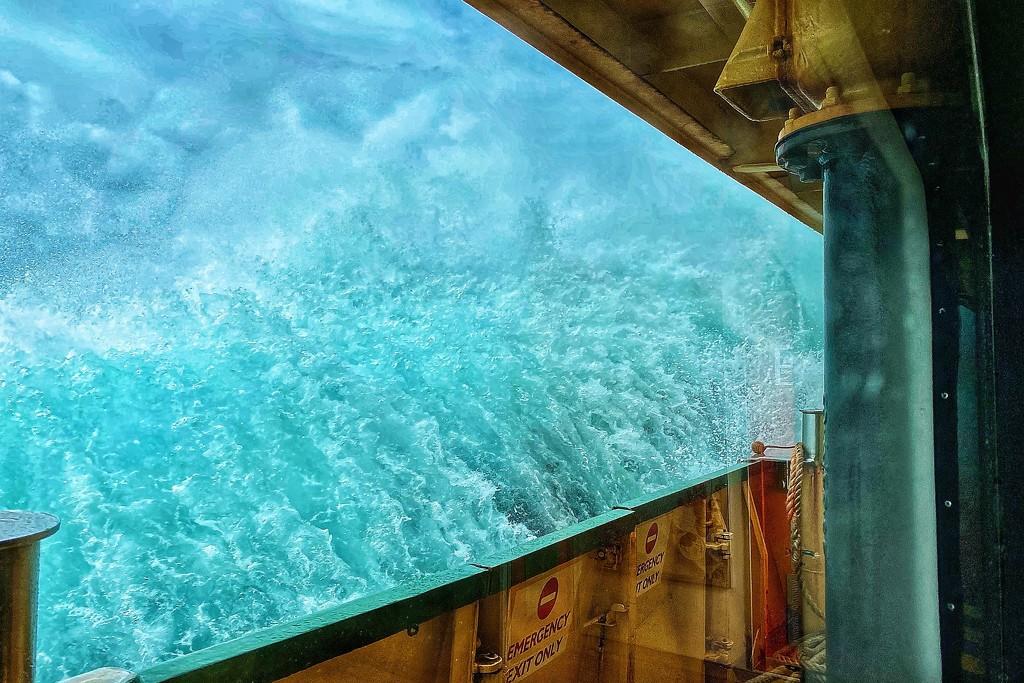Rough seas by johnfalconer