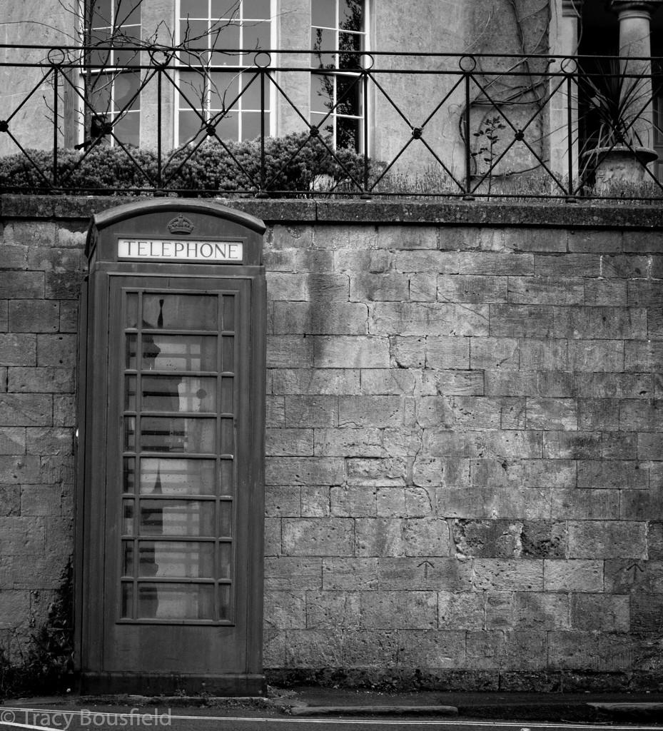 Telephone Box by tracybeautychick