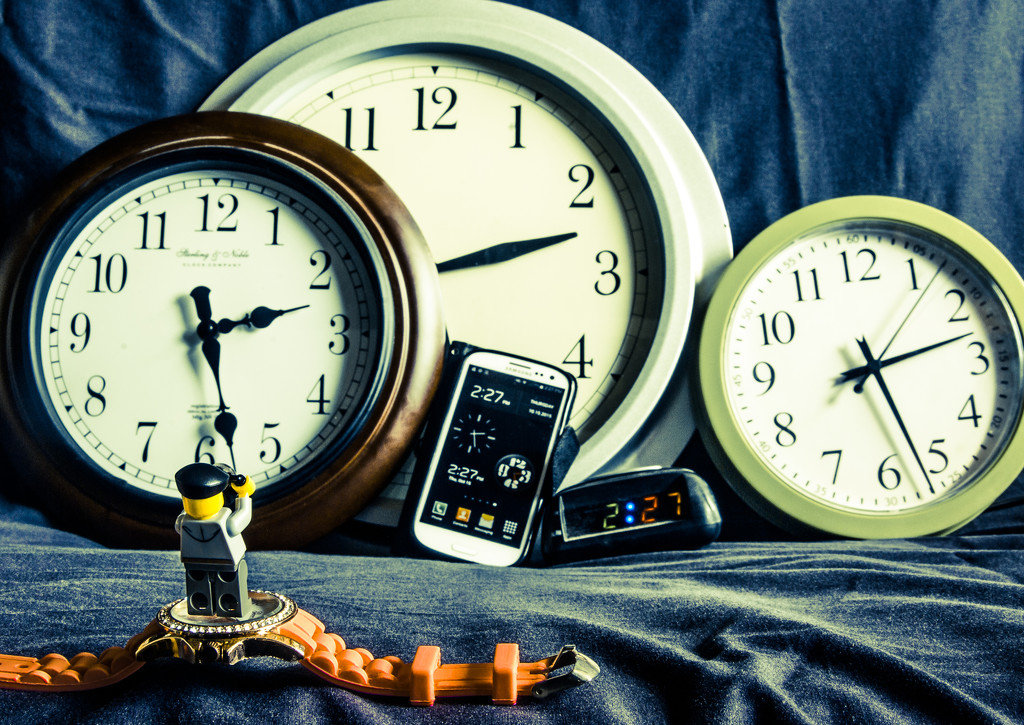Tick-Tock by cjphoto
