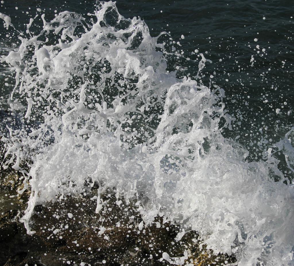 Splash by sherimiya