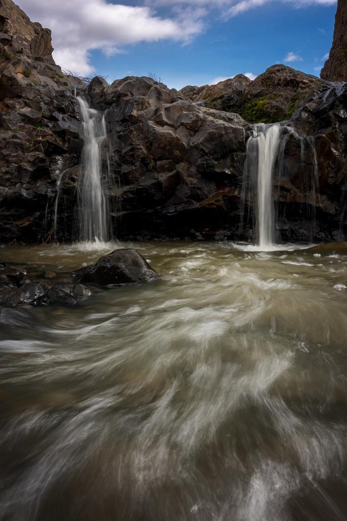 Another mini falls by teriyakih