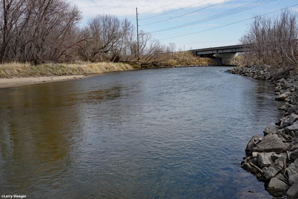 Down stream by larrysphotos