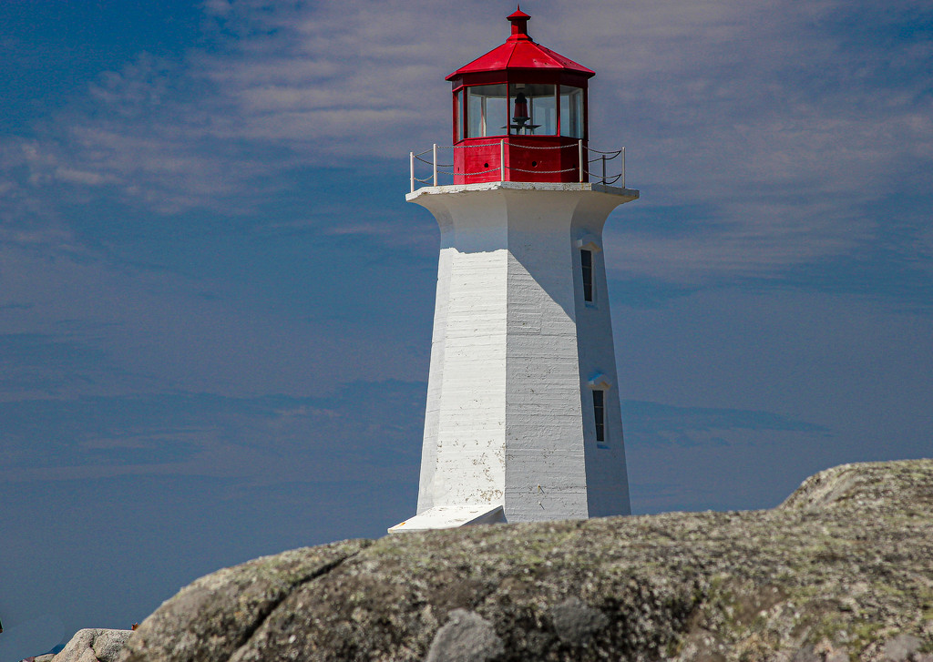 Peggy's Cove Lighthouse by cm_saratoga