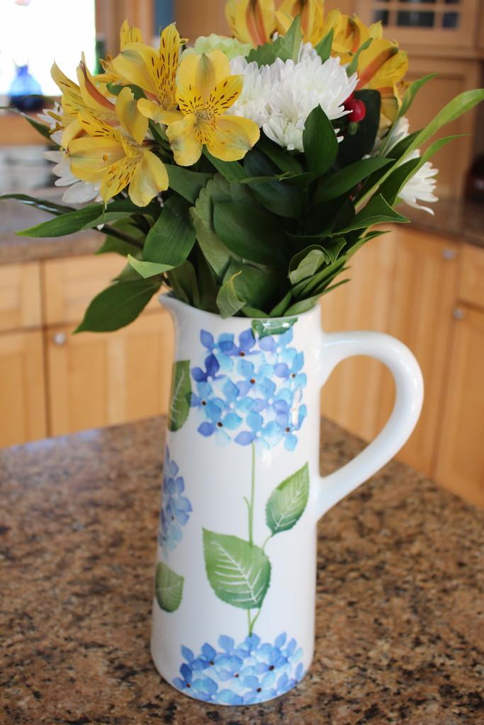 Pitcher/vase by jb030958