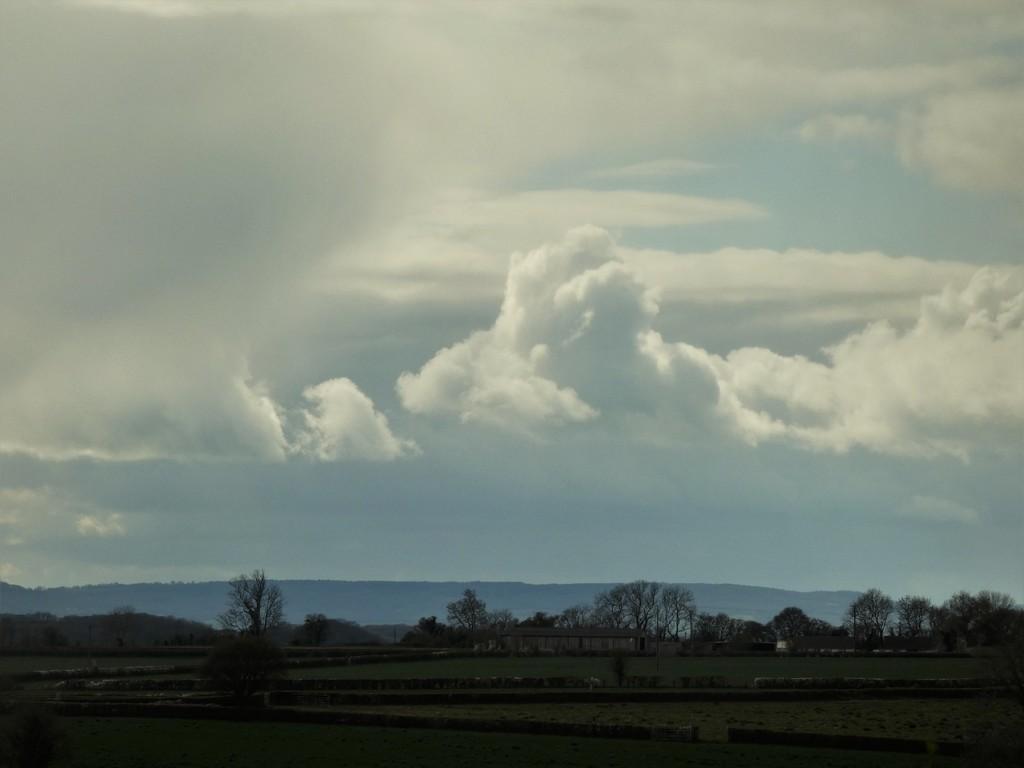 Snowclouds looming by julienne1