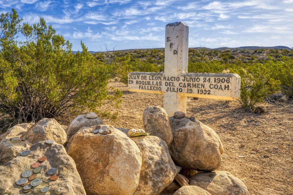 Gravesite Along Old Ore Road by kvphoto