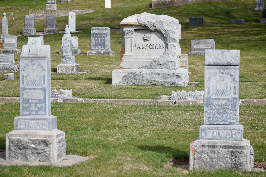 Gravestones in Plains Cemetery by bjywamer