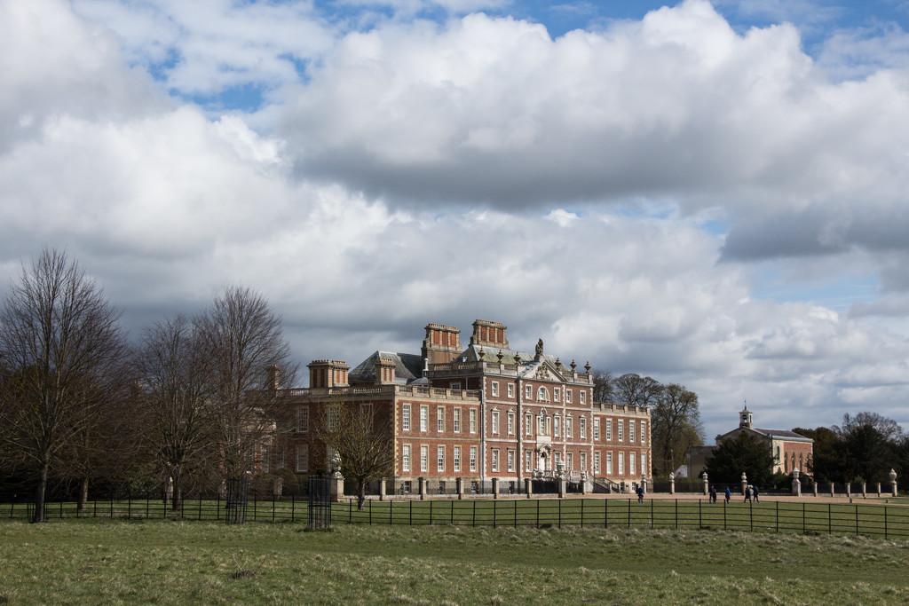 Wimpole Hall by busylady
