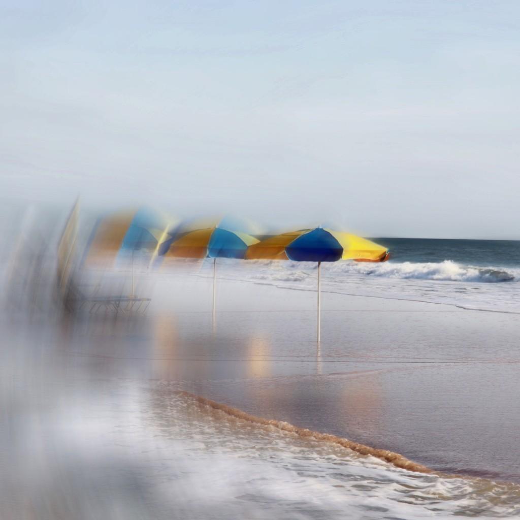 Warm and windy by joemuli