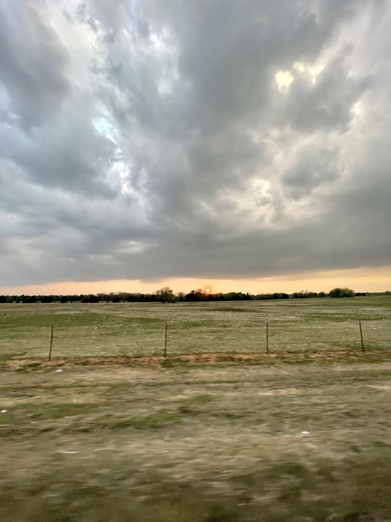 Rolling thunder by samae