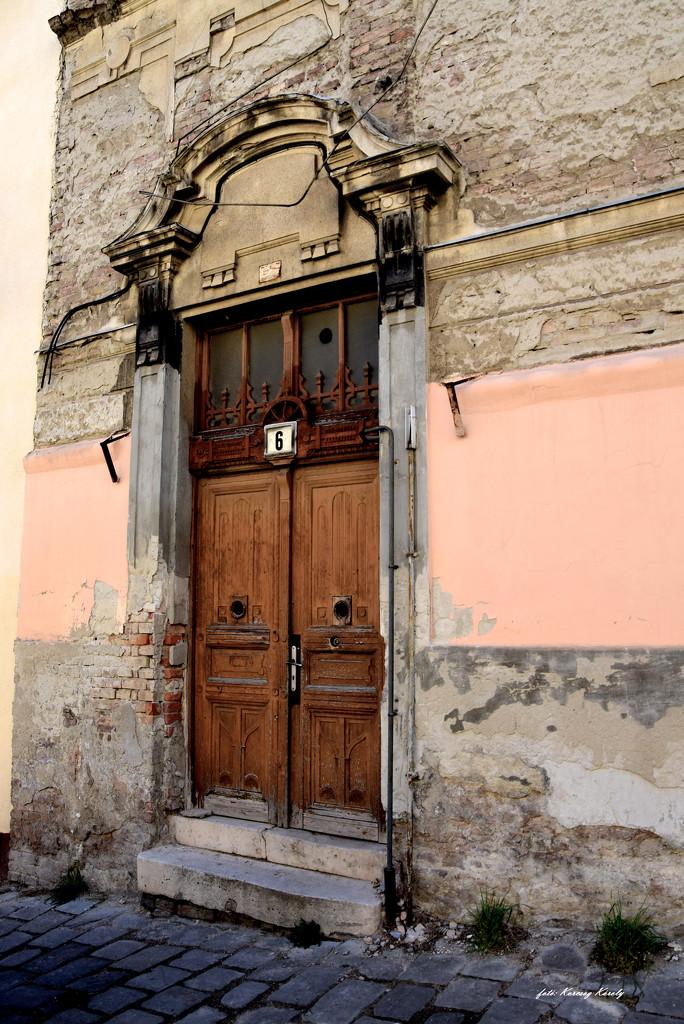 Ruined house, ruined door by kork