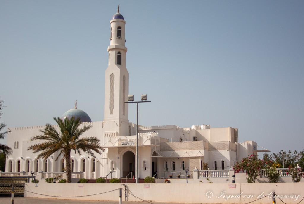 Al Mo'ez Mosque by ingrid01