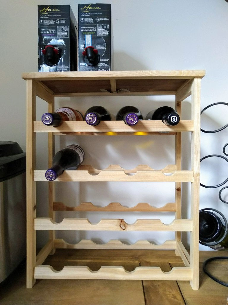 Wine rack by boxplayer