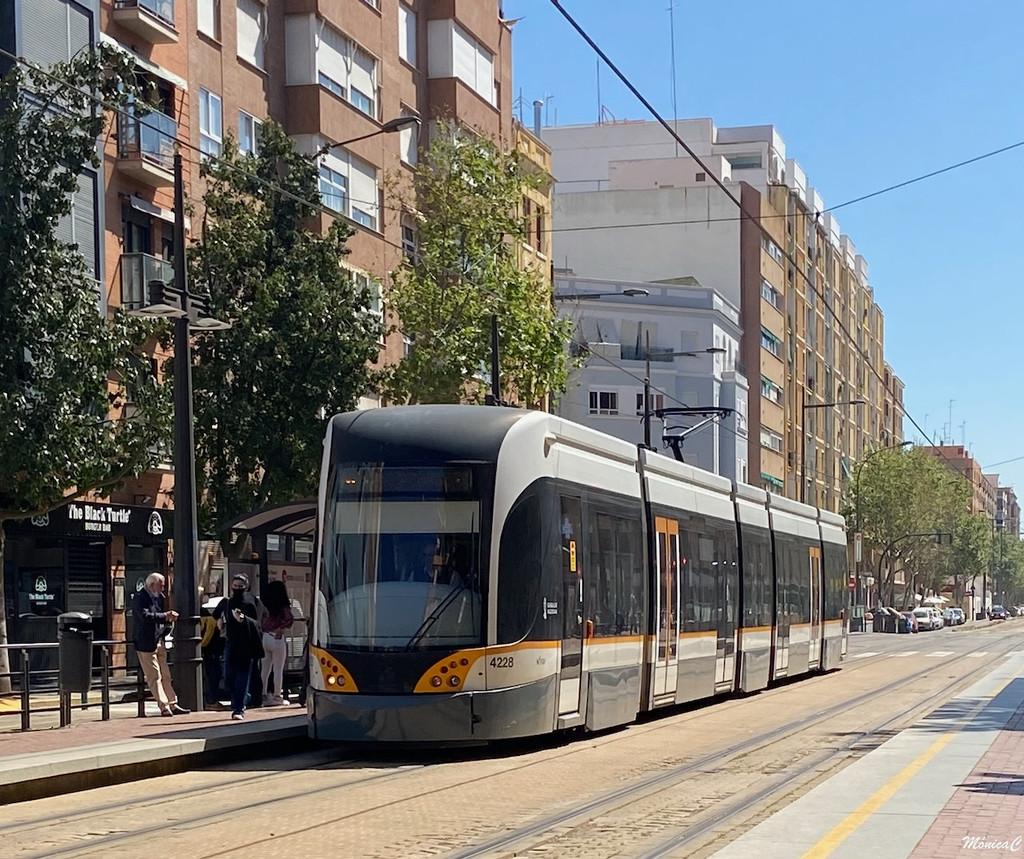 Tram by monicac