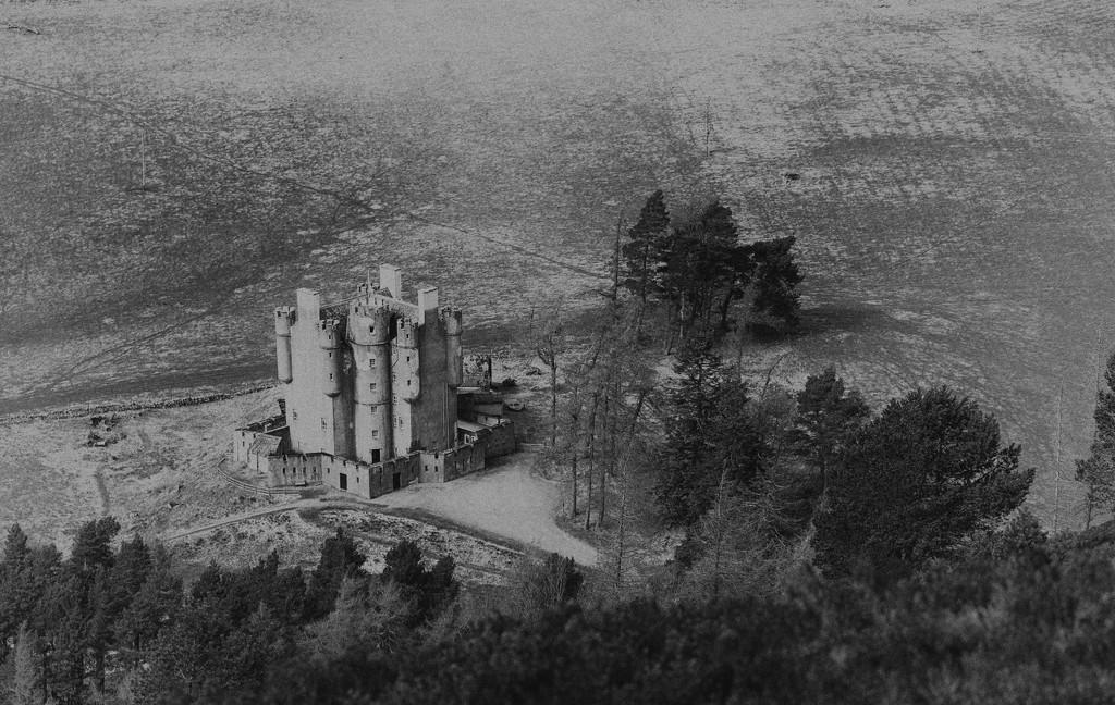 Braemar Castle by jamibann