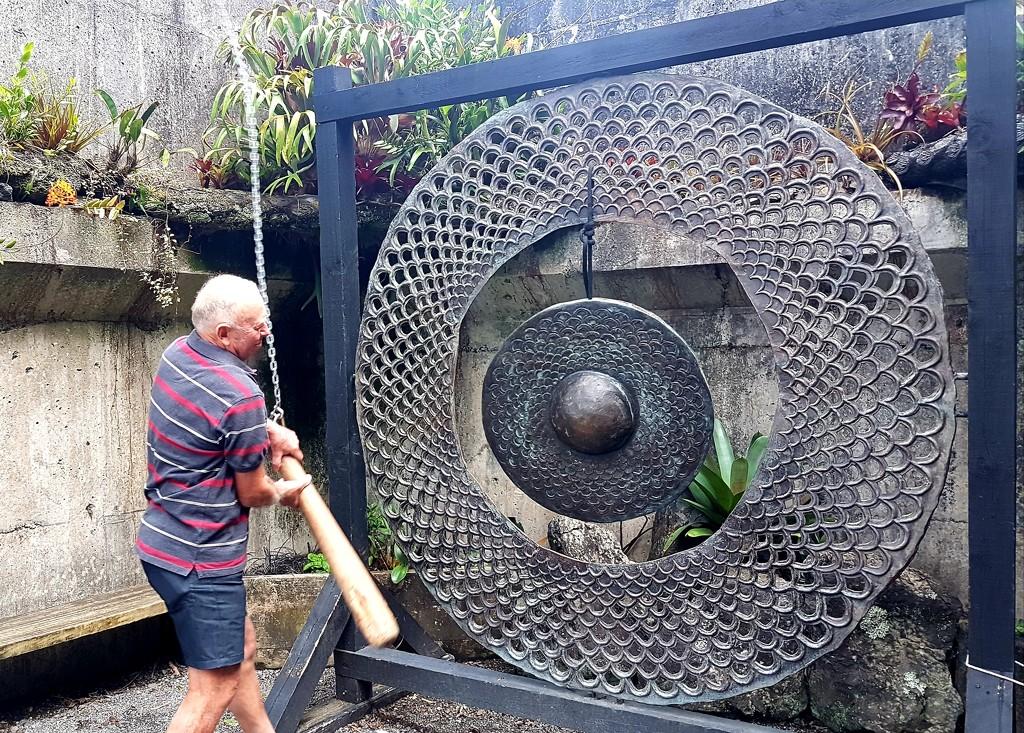Ringing the Gong.. by julzmaioro