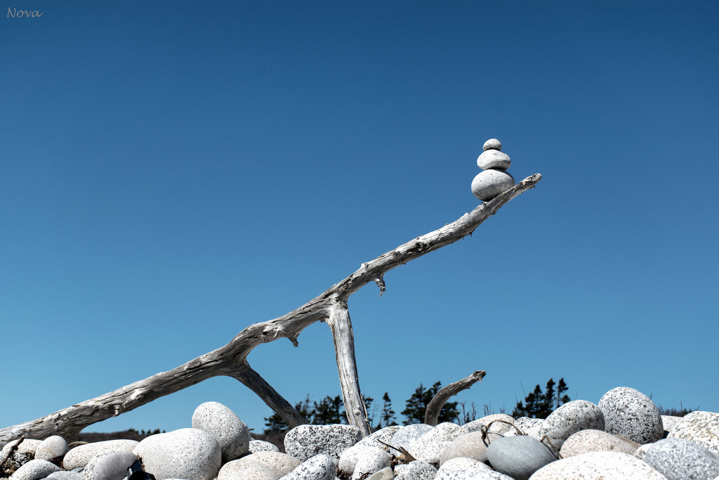 The balancing rocks by novab