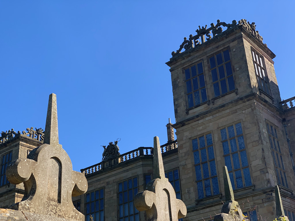 'Hardwick Hall, more glass than wall' by 365projectmaxine