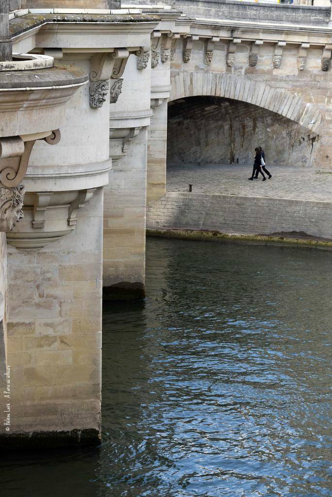 Strolling under the Pont Neuf by parisouailleurs