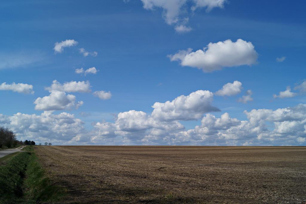landscape with clouds by gijsje