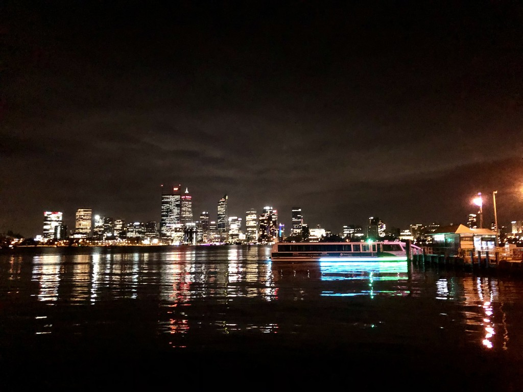 Perth night scene by pusspup