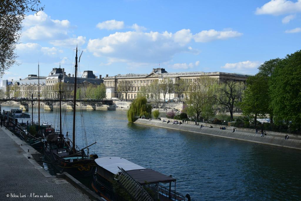 life in Paris  by parisouailleurs