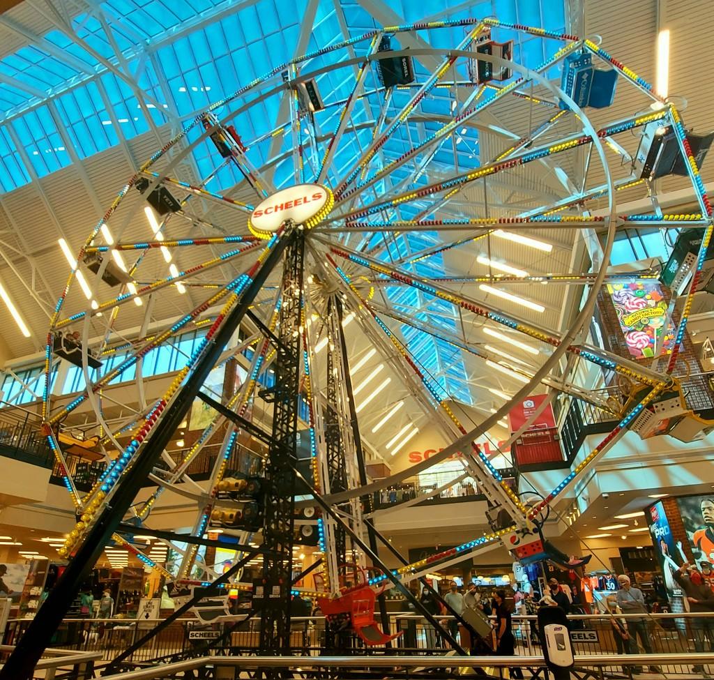 Indoor Ferris Wheel by harbie