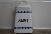 25th Apr 2021 - Small canister