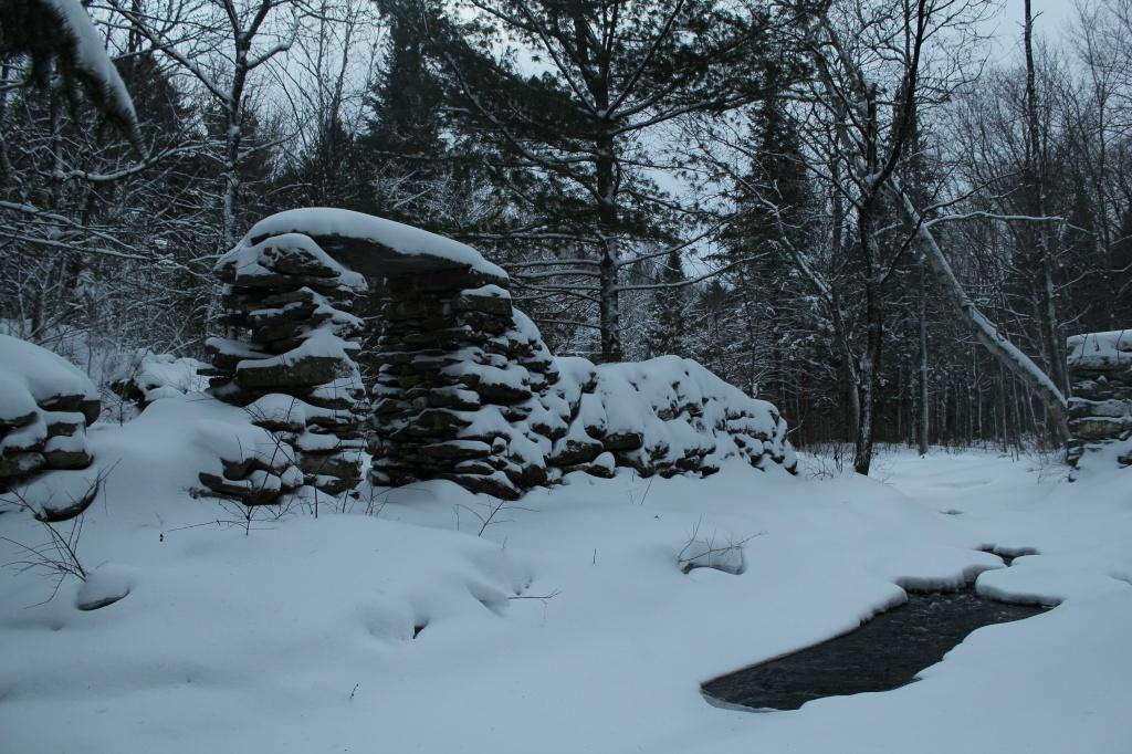 Snowy arch by mandyj92
