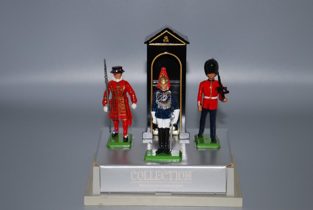 Royal Guard by stillmoments33