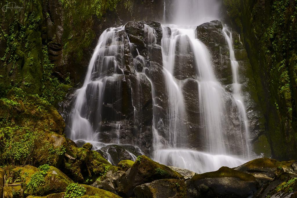 Kentucky Falls Close Up  by jgpittenger