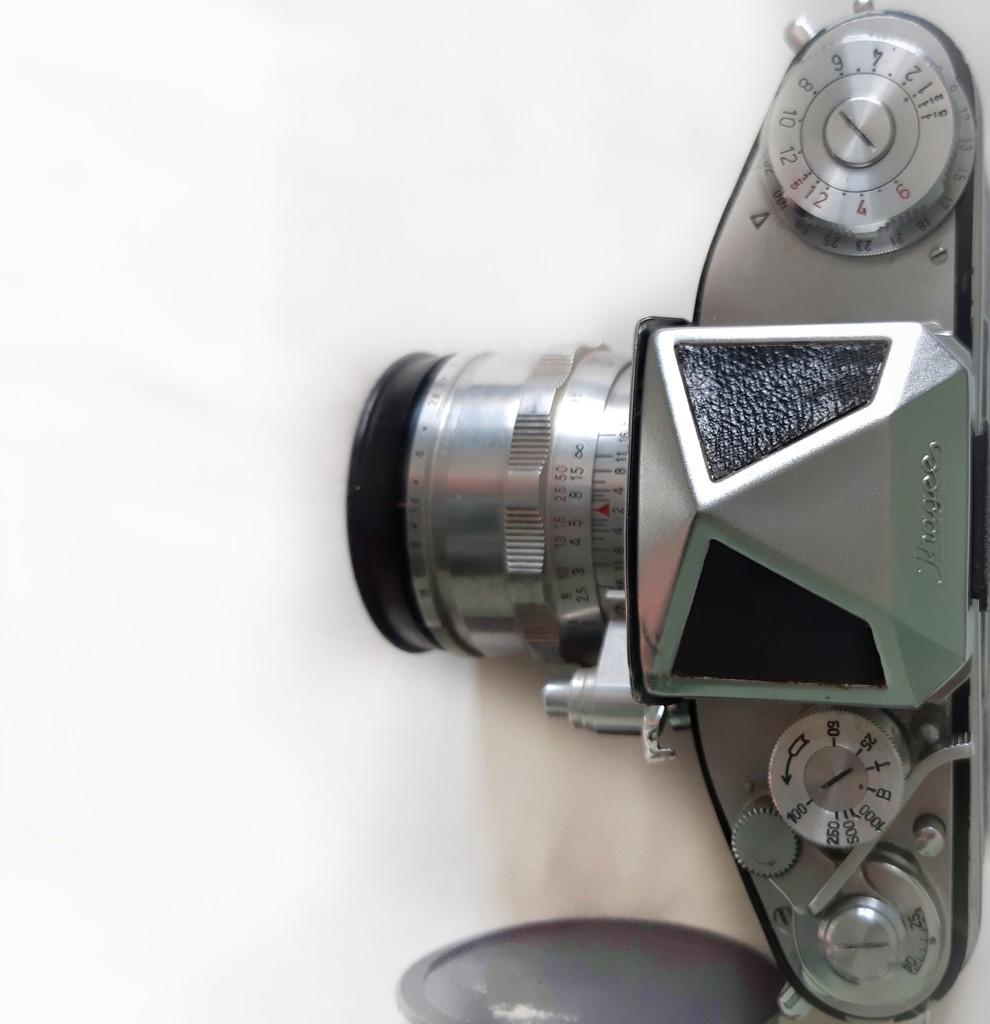 Vintage Camera  by salza