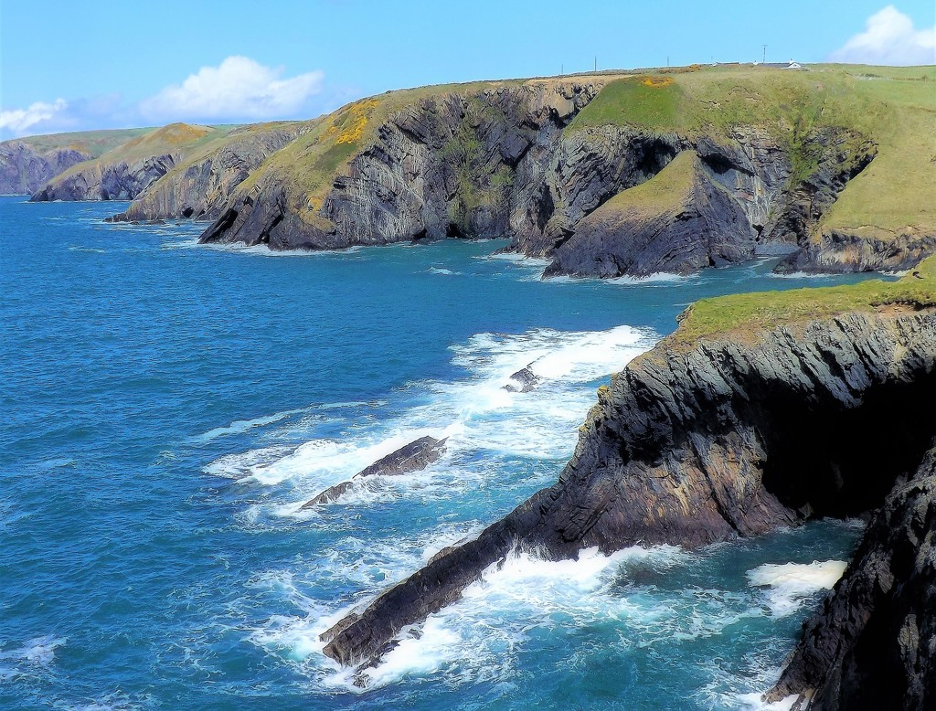 Carry on up the Ceibwr by ajisaac