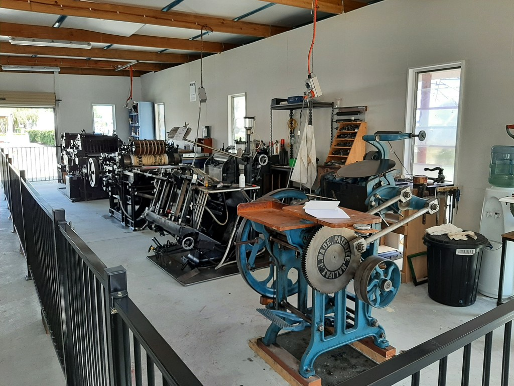Printing Presses  by mozette