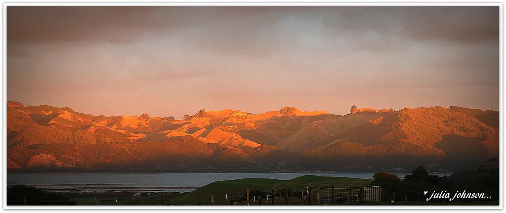 Golden River Hills.. by julzmaioro