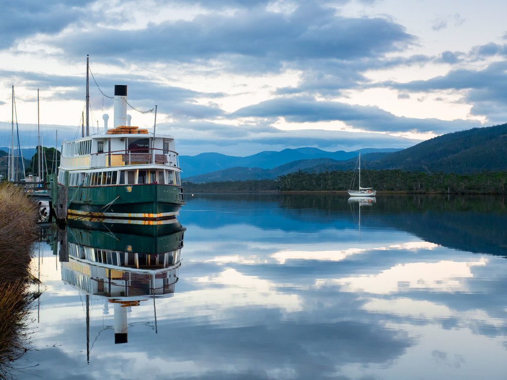A quiet evening on the Huon River by gosia